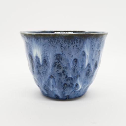 tasse craquelée bleue